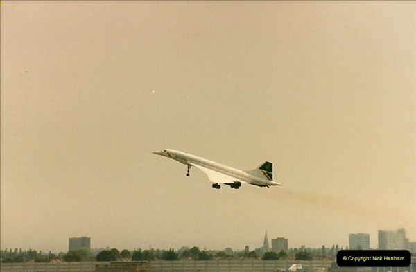 1986-06-21 London Heathrow Airport.  (18)056