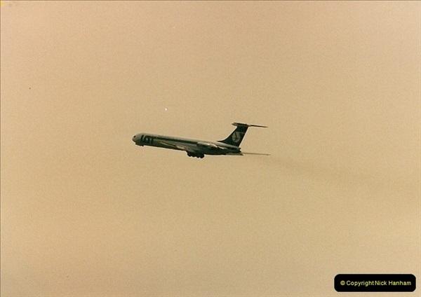 1986-06-21 London Heathrow Airport.  (21)059
