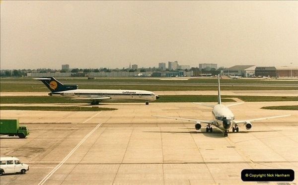 1986-06-21 London Heathrow Airport.  (28)066