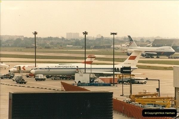 1986-06-21 London Heathrow Airport.  (3)041