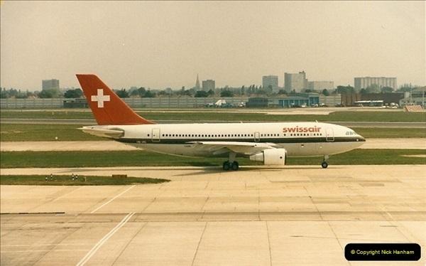 1986-06-21 London Heathrow Airport.  (32)070