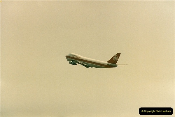 1986-06-21 London Heathrow Airport.  (38)076