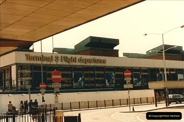 1986-06-21 London Heathrow Airport.  (44)082