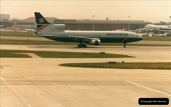 1986-06-21 London Heathrow Airport.  (48)086