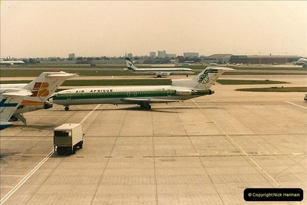 1986-06-21 London Heathrow Airport.  (50)088