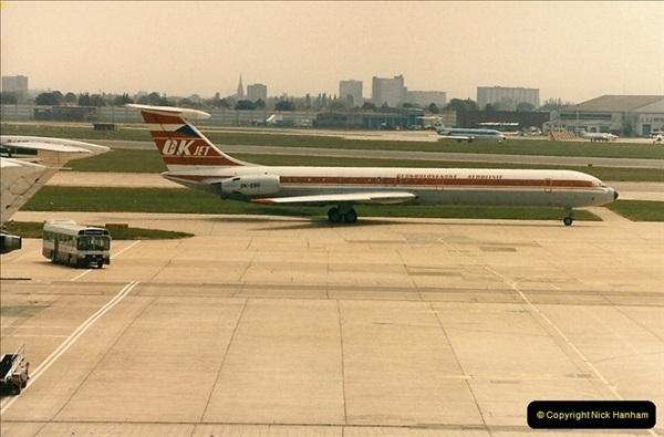 1986-06-21 London Heathrow Airport.  (51)089