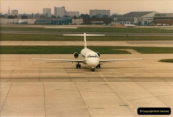 1986-06-21 London Heathrow Airport.  (8)046