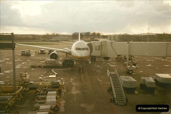 1994-04-02 London Gatwick Airport.107