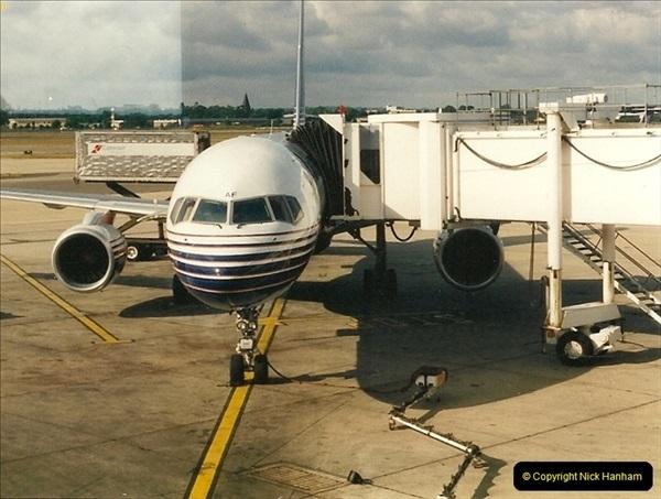 1995-07-17. London Gatwick Airport.  (4)163