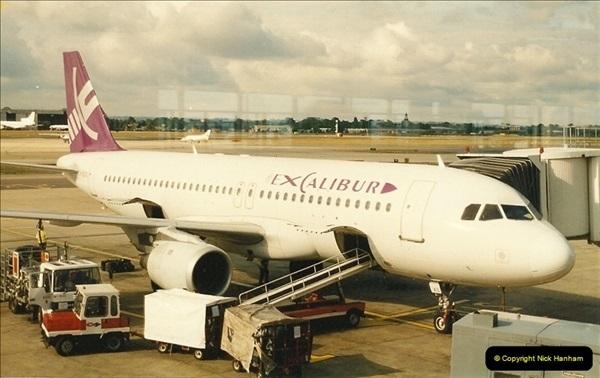 1995-07-17. London Gatwick Airport.  (6)165