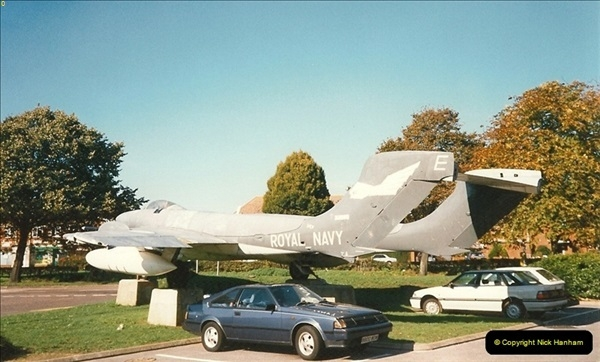 1995-10-08 DH Sea Vixen as Gate Gard Christchurch, Dorset.  (2)170