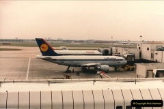 1986-06-21 London Heathrow Airport.  (2)040