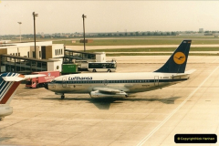 1986-06-21 London Heathrow Airport.  (30)068