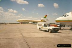 1994-04-03 Harare, Zimbabwe.  (3)110