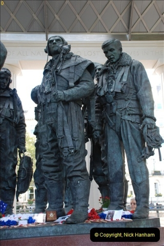 2012-10-06 The LONG OVERDUE Bomber Command Memorial @ Green Park, London (30)070
