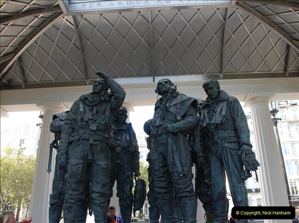 2012-10-06 The LONG OVERDUE Bomber Command Memorial @ Green Park, London (31)071