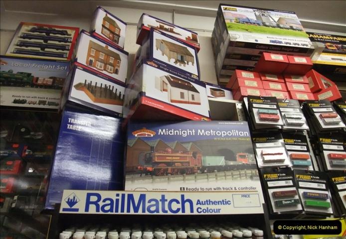 2012-12-10 The Alton Model Centre & Railway Layout (54)060060