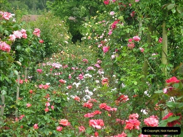2004-06-09 Wisley RHS.  (63)063