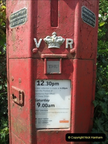 2010-06-24 Holwell, Dorset. Possibly the Worlds oldest working pillar box (6)410