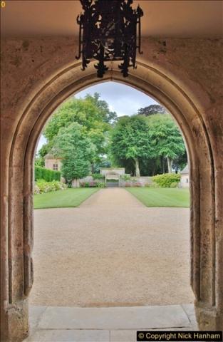 2017-08-16 Athelhampton (Hall now) House. (27)027