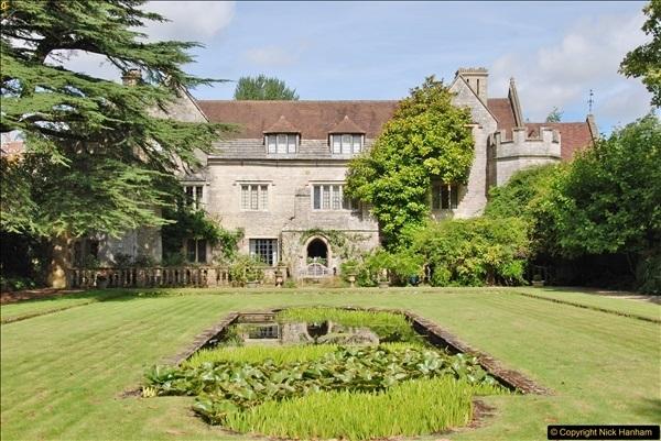 2017-08-16 Athelhampton (Hall now) House. (65)065