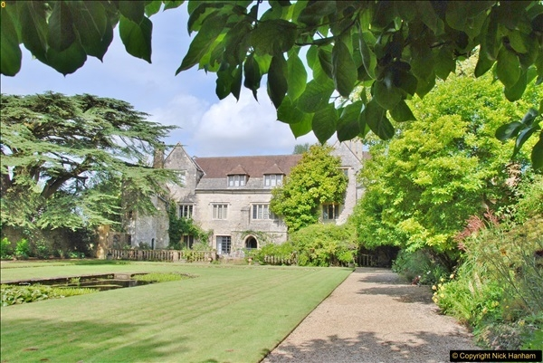 2017-08-16 Athelhampton (Hall now) House. (68)068