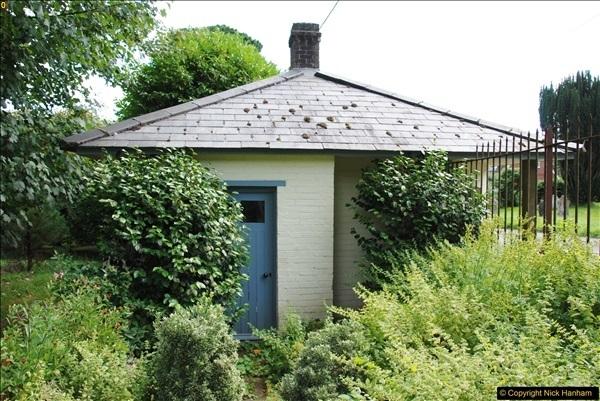 2017-08-16 Athelhampton (Hall now) House. (90)090