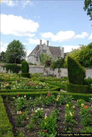 2015-07-31 Avebury, Wiltshire.  (5)05