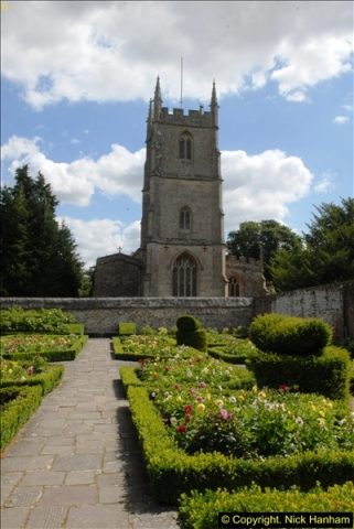 2015-07-31 Avebury, Wiltshire.  (71)71