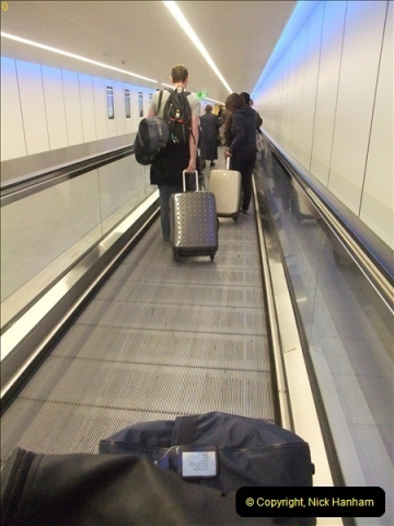 2012-09-21 Azores. London Gatwick Airport.  (8)0008