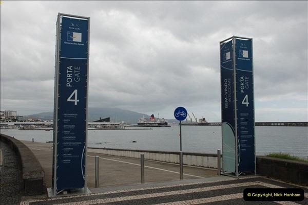 2012-09-23 to 25 Azores. Ponta Delgada.  (108)0128