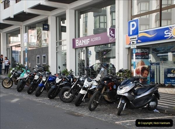 2012-09-23 to 25 Azores. Ponta Delgada.  (266)0286