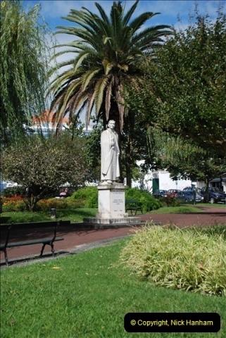 2012-09-23 to 25 Azores. Ponta Delgada.  (405)0425