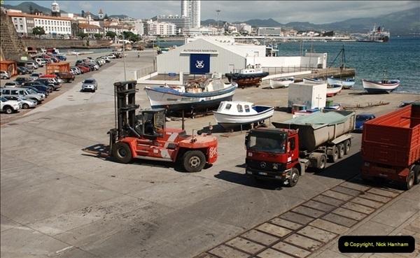 2012-09-23 to 25 Azores. Ponta Delgada.  (575)0595