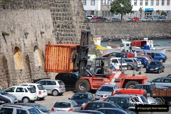 2012-09-23 to 25 Azores. Ponta Delgada.  (584)0604