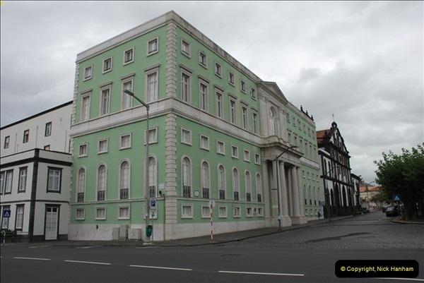 2012-09-23 to 25 Azores. Ponta Delgada.  (87)0107