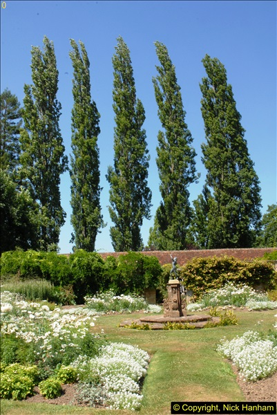 2013-07-19 Barrington Court (NT) Ilminster, Somerset.  (16)16