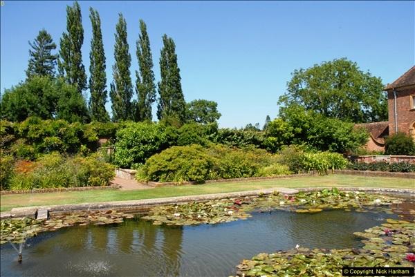 2013-07-19 Barrington Court (NT) Ilminster, Somerset.  (17)17