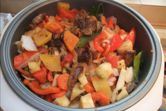 2016-02-27 Making a Beef Stew in a slow cooker.  (58)058