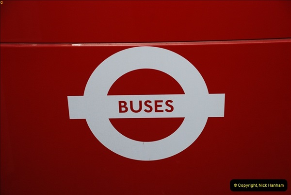 2012-10-07 Ride on LT12 GHT Borismaster. Route 38 Victoria to Hackney Central.  (11)16