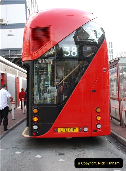 2012-10-07 Ride on LT12 GHT Borismaster. Route 38 Victoria to Hackney Central.  (2)07