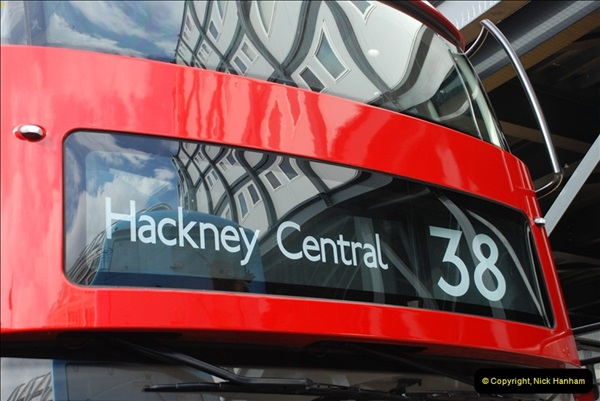 2012-10-07 Ride on LT12 GHT Borismaster. Route 38 Victoria to Hackney Central.  (35)40