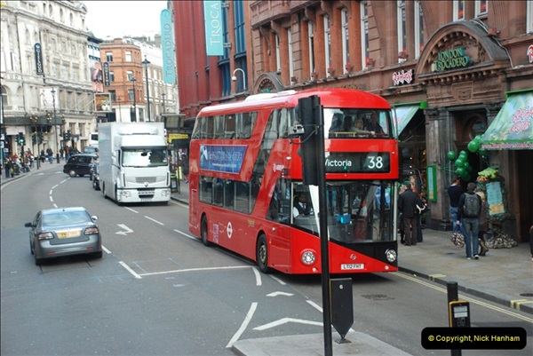 2012-10-07 Ride on LT12 GHT Borismaster. Route 38 Victoria to Hackney Central.  (49)54
