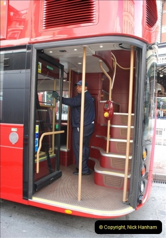 2012-10-07 Ride on LT12 GHT Borismaster. Route 38 Victoria to Hackney Central.  (3)08