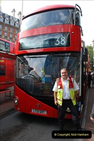2012-10-07 Ride on LT12 GHT Borismaster. Route 38 Victoria to Hackney Central.  (33)38