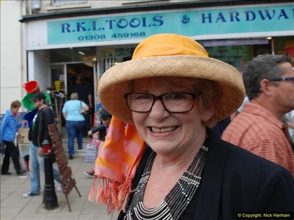 2015-09-05 Bridport Hat Festival 2015.  (370)370