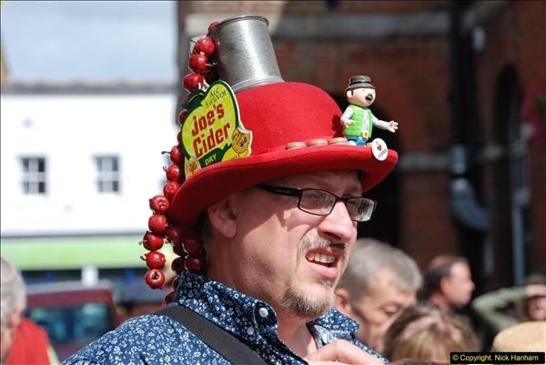 2015-09-05 Bridport Hat Festival 2015.  (618)618