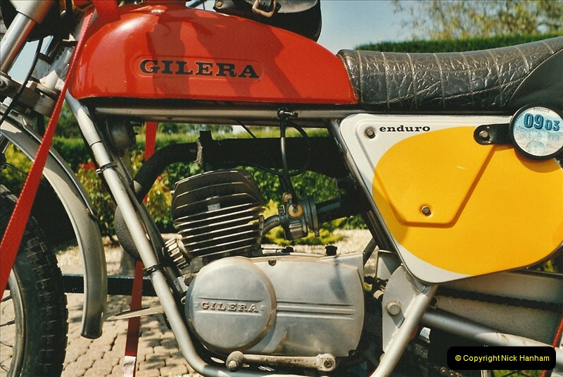 2005-06-08 A Gilera joins the collection.  (8)124
