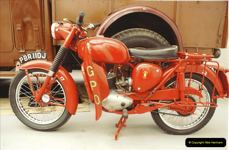 A project to turn one of my BSA Bantams into a GPO machine.  (1)635