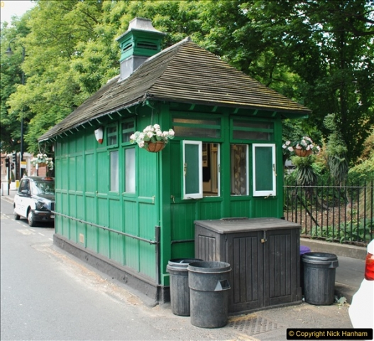 2018-06-09 Cabman's Shelter in Wellington Place, London NW8.  (1)09